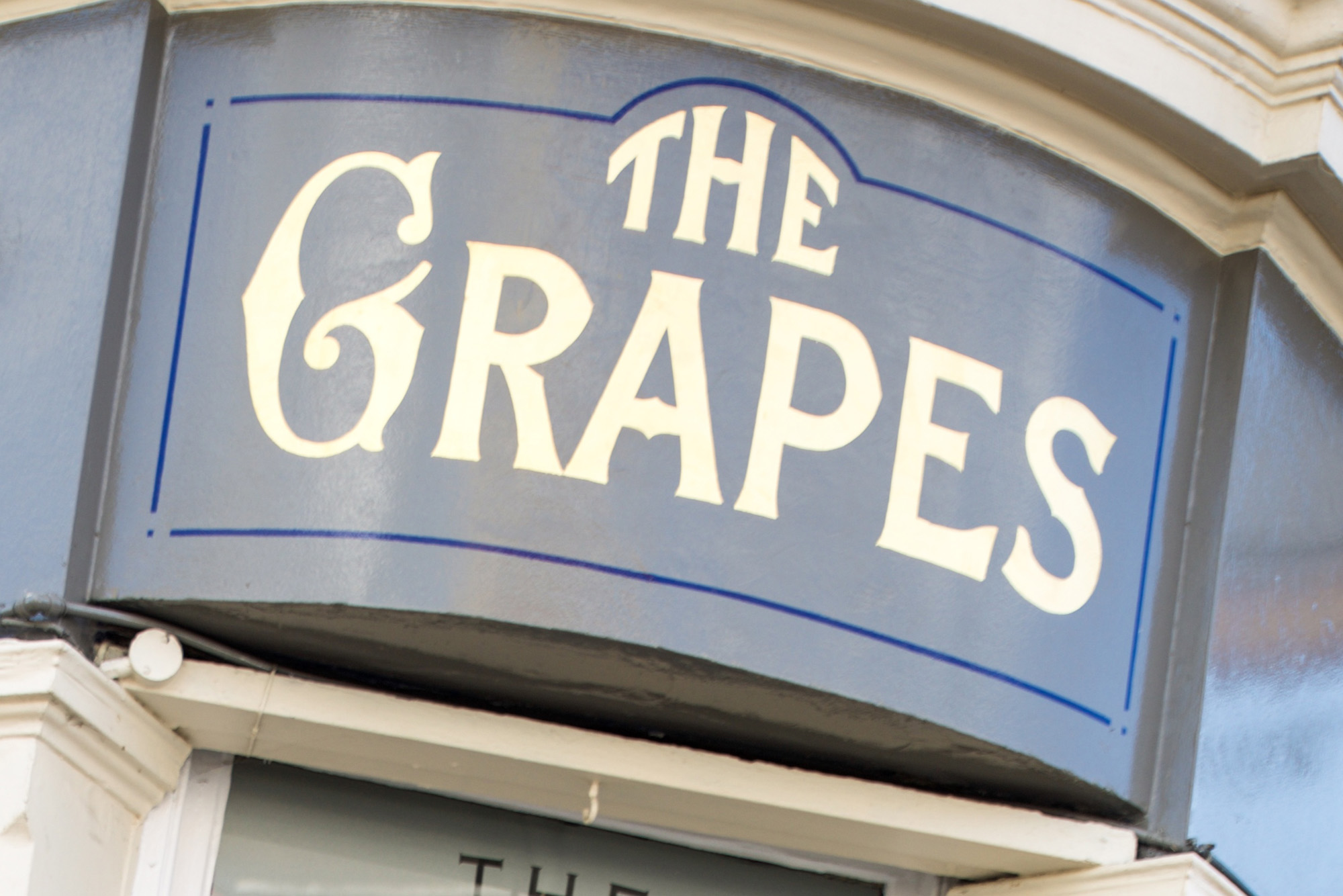 Grapes, Gravesend